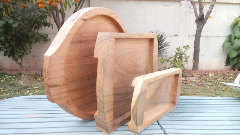 WOODEN TRAYS FOR PLATTERS
